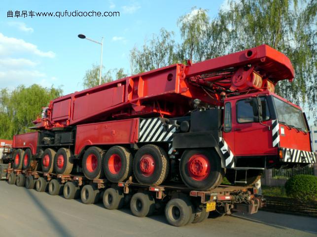 产品名称:利勃海尔 产品类别:汽车吊 产品规格:800吨 产品型号:800T 产品说明: 产地:德国 最大起重能力:800吨 最高起重高度:140米